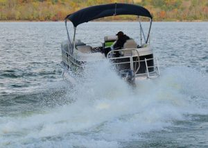 Rental Ski Pontoon - Back On Water